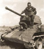 Вторая танковая колонна из танков Т-34 и ТО-34, построенная на средства работников Центросоюза и переданная 31-й гвардейской танковой бригаде.